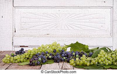 木製の板, ブドウ