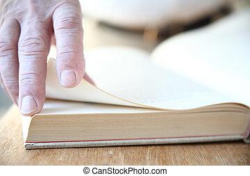 本, 回転しているページ
