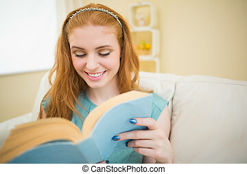 本, redhead, 幸せ, ソファー, 読書