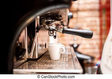 机器, 准备, 浓咖啡, 在中, 咖啡店, 或者, 酒吧