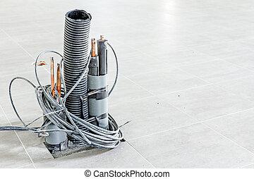 束, の, コミュニケーションはケーブルで通信する, ありなさい, 出て来ること, から, タイルを張られた 床