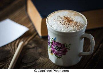 杯子, ......的, 卡普契諾咖啡, 上, the, 木製的桌子
