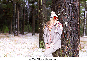 松の木, 雪が多い, 女, 森林地帯