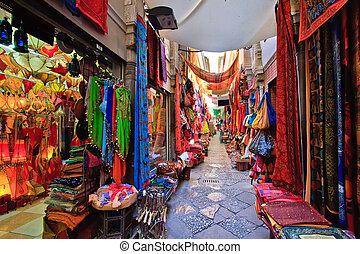 格拉納達, 市場