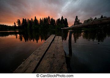 桟橋, 上に, ∥, 湖, ∥において∥, 日没