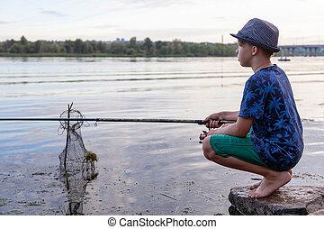 棒, 釣り, fish, 男の子, 捕獲物
