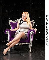 椅子, 女性の モデル