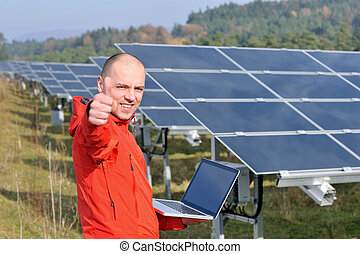 植物, フィールド, エンジニア, 太陽, ラップトップ, パネル, 使うこと