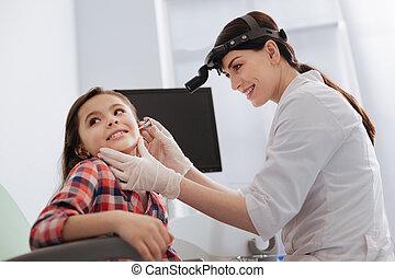 検査, わずかしか, 医者, ent, 微笑, 耳