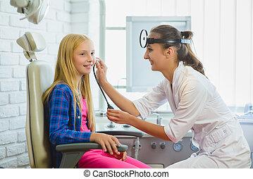 検査, 医者, ent, 耳咽喉学者, 耳, ∥あるいは∥, 子供