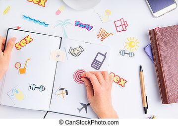 業績, 概念, ターゲット, 仕事, アイコン, 個人的, stationery., ボタン, 事務である, 行動, 手, くぎ付けにすること, 計画, 場所, ゴール, 女性, life., 組織者, 他, アイコン