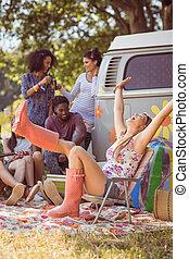 楽しみ, キャンプ場, 情報通, のんびりしている, 持つこと