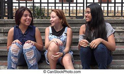 楽しみ, 十代の若者たち, 掛かること, 持つこと, から