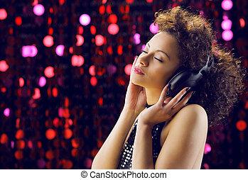 楽しむ, 音楽