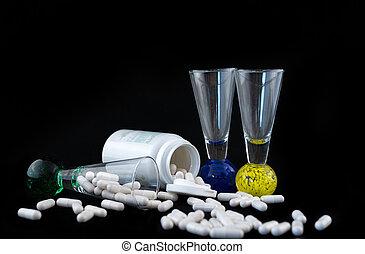 概念, アルコール, タブレット, 医学, 隔離された, ガラス, 丸薬, black., リカーのビン