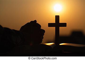 概念, シルエット, 聖書, 十字, 若い, 日の出, 宗教, 女, バックグラウンド。, キリスト教徒, 祈ること