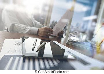 概念, 仕事, タブレット, 木製である, ラップトップ, デジタル電話, コンピュータ, 机, ビジネスマン, 痛みなさい