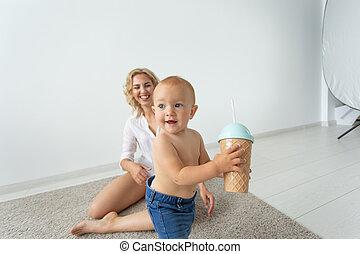 概念, 彼女, 親, -, 子供, 単一 母, 遊び, baby.