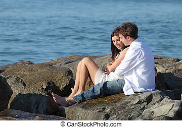 ∥横に∥, 恋人, 恋をもて遊ぶ, 海, 抱き合う