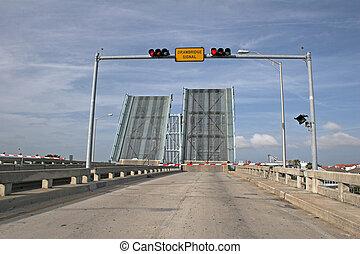 橋梁, 平局, 向上