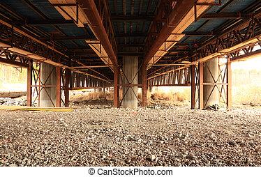 橋, 上に, 砂利