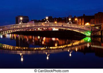 橋, 半ペニー, ダブリン, night., アイルランド
