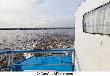 橋, 川, によって