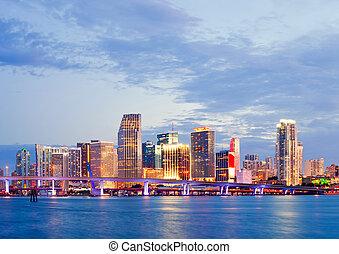 橋, 都市, 建物, フロリダ, カラフルである, 夏, マイアミ, 住宅の, 湾, ビジネス, 日没, パノラマ, biscayne, 照らされた