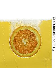 橙薄片, 在, 水