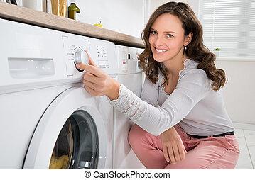 機械, ボタン, 女, 洗浄, アイロンかけ