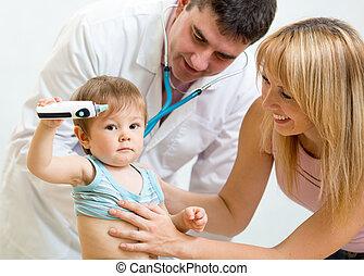 檢查, 醫生, 儿科醫生, 藏品, 母親, 孩子, 嬰孩