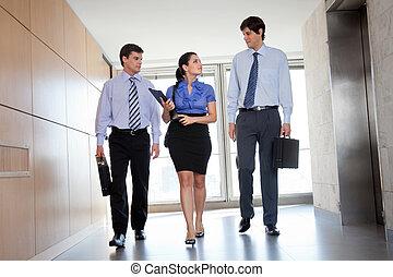 歩くこと, オフィス, businesspeople, 廊下