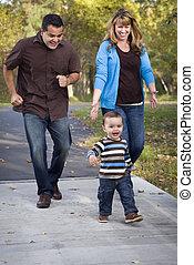 歩くこと, 家族, 公園, レース, 民族, 混ぜられた, 幸せ