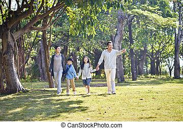 歩くこと, 家族, 公園, 2, アジア 子供