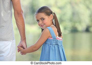 歩くこと, 彼女, 湖, 若い, 親, 女の子