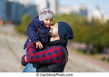 歩くこと, 秋, 父, 息子