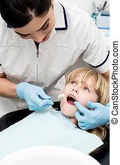 歯医者の, わずかしか, 医院, 女の子