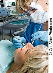 歯科医術, 歯, 虫歯, 停止