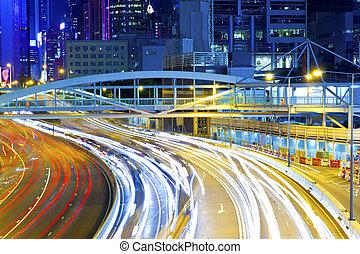 殺到, 曲がる, 時間, ライト, ライン, 交通, の間, 道