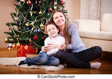 母クリスマス, 息子