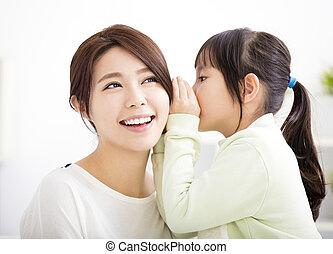 母 と 娘, ささやくこと, うわさ話