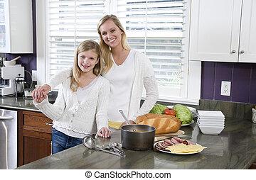 母 と 娘, 中に, 台所, 昼食を作る