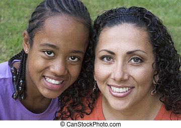 母 と 娘