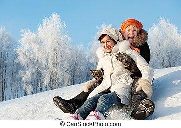 母 と 娘, 滑っている, 中に, ∥, 雪