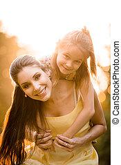 母 と 子供, 肖像画