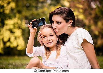 母, 子と一緒に, selfie