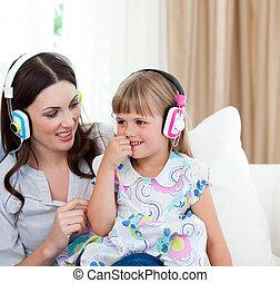 母, 聞くこと, 肖像画, 音楽, 娘, 彼女