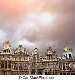 比利時, 地方, 布魯塞爾, 盛大