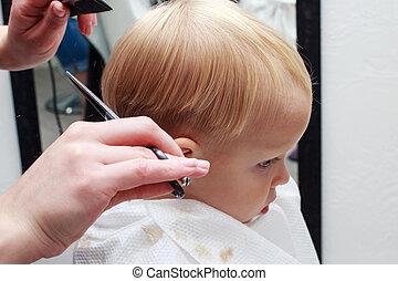 毛の 切断, 子供
