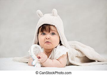 毛布, 屋内, 這う, 赤ん坊, 肖像画, 女の子